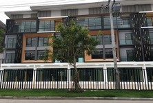 For Rent Shophouse 200 sqm in Bang Phli, Samut Prakan, Thailand