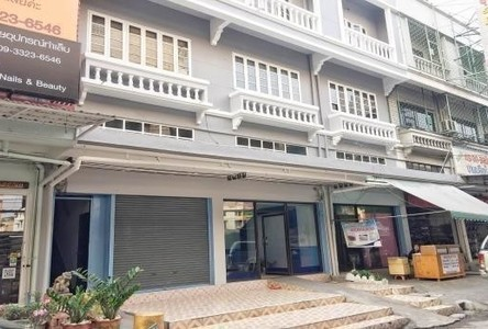 For Sale or Rent Shophouse 192 sqm in Don Mueang, Bangkok, Thailand