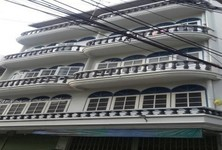 For Sale Shophouse 31 sqwa in Khlong San, Bangkok, Thailand