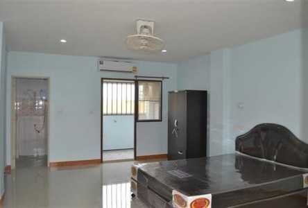 For Rent Apartment Complex 18 sqm in Si Maha Phot, Prachin Buri, Thailand