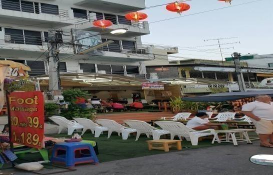 For Sale or Rent Shophouse 44.5 sqwa in Hua Hin, Prachuap Khiri Khan, Thailand | Ref. TH-NJFMKTZT