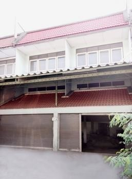 For Sale 5 Beds Shophouse in Bang Pakong, Chachoengsao, Thailand | Ref. TH-ICJGZOFE