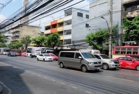 For Sale 5 Beds Shophouse in Ratchathewi, Bangkok, Thailand