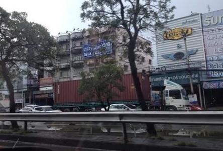 For Sale 9 Beds Shophouse in Mueang Samut Prakan, Samut Prakan, Thailand