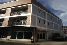 For Rent Shophouse 30 sqm in Bang Pakong, Chachoengsao, Thailand