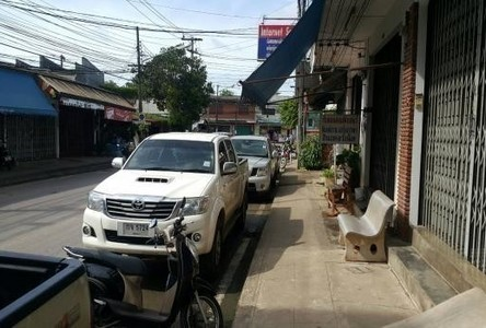 For Sale 6 Beds Shophouse in Mueang Chumphon, Chumphon, Thailand