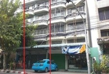 For Sale 5 Beds Shophouse in Phasi Charoen, Bangkok, Thailand
