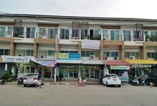 For Sale Shophouse 18 sqwa in Bang Bua Thong, Nonthaburi, Thailand