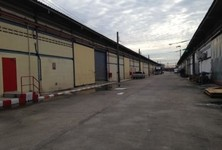 For Sale Warehouse 560 sqm in Bang Phli, Samut Prakan, Thailand