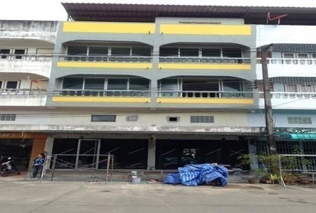 For Sale or Rent 9 Beds Shophouse in Mueang Nakhon Si Thammarat, Nakhon Si Thammarat, Thailand