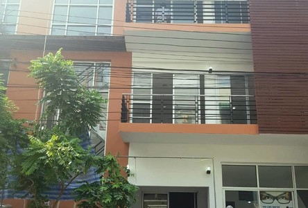 For Rent Shophouse 120 sqm in Lat Phrao, Bangkok, Thailand
