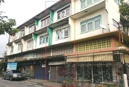 For Sale 2 Beds Shophouse in Phra Pradaeng, Samut Prakan, Thailand