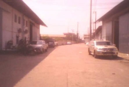 For Rent Warehouse 800 sqm in Krathum Baen, Samut Sakhon, Thailand