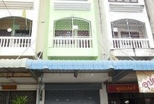 For Rent Shophouse 16 sqwa in Sam Phran, Nakhon Pathom, Thailand