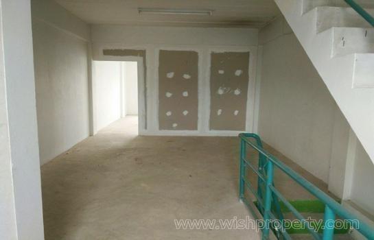 В аренду: Шопхаус с 4 спальнями в районе Bang Bua Thong, Nonthaburi, Таиланд | Ref. TH-TXHEWAAH