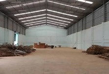 For Rent Warehouse 1,250 sqm in Krathum Baen, Samut Sakhon, Thailand