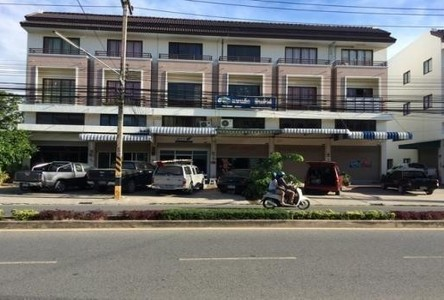 For Rent 3 Beds Shophouse in Laem Chabang, Chonburi, Thailand