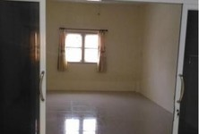 For Rent 2 Beds Shophouse in Mueang Nakhon Pathom, Nakhon Pathom, Thailand