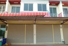 For Sale or Rent 4 Beds Shophouse in Lamae, Chumphon, Thailand