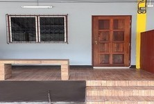 For Sale Apartment Complex 6 rooms in Chom Bueng, Ratchaburi, Thailand