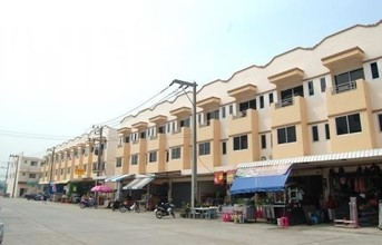Located in the same area - Mueang Samut Sakhon, Samut Sakhon