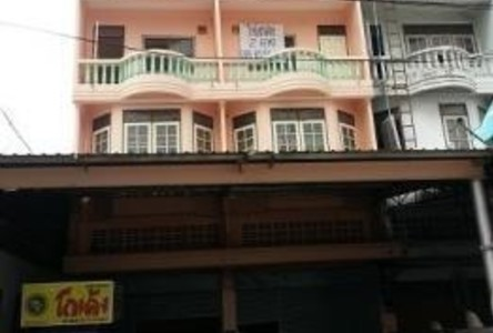 For Rent 7 Beds Shophouse in Mueang Samut Prakan, Samut Prakan, Thailand