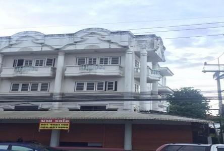 Продажа: Шопхаус с 4 спальнями в районе Doi Saket, Chiang Mai, Таиланд