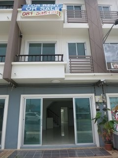 For Sale 3 Beds Shophouse in Thalang, Phuket, Thailand | Ref. TH-IRUTFNHD