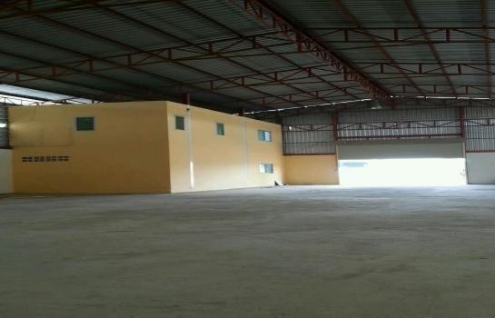 For Rent Warehouse 2 rai in Sam Khok, Pathum Thani, Thailand | Ref. TH-QRYKVEZV