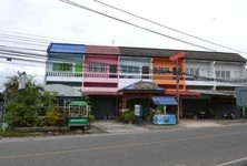 For Rent 3 Beds Shophouse in San Kamphaeng, Chiang Mai, Thailand