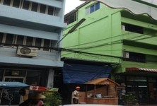 For Rent 6 Beds Shophouse in Bang Lamung, Chonburi, Thailand