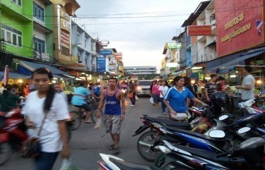 For Sale Shophouse 15 sqwa in Krathum Baen, Samut Sakhon, Thailand | Ref. TH-BEEEGNMT