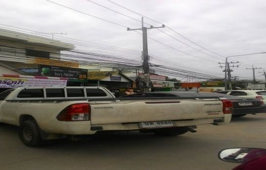 For Sale 1 Bed Shophouse in Mueang Tak, Tak, Thailand | Ref. TH-REHUZXPC