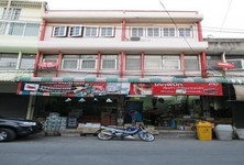 For Sale Shophouse 26 sqwa in Nong Khaem, Bangkok, Thailand