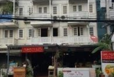For Sale 10 Beds Shophouse in Mueang Chiang Mai, Chiang Mai, Thailand