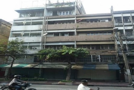 For Sale Shophouse 280 sqm in Pom Prap Sattru Phai, Bangkok, Thailand
