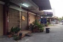 For Sale 4 Beds Shophouse in Khlong San, Bangkok, Thailand