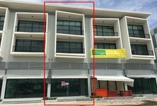 For Sale or Rent Shophouse 22.8 sqwa in Thung Khru, Bangkok, Thailand
