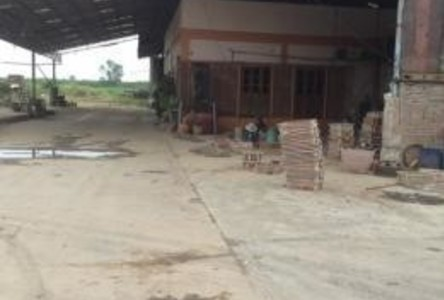 For Rent Warehouse 3 rai in Mueang Kamphaeng Phet, Kamphaeng Phet, Thailand