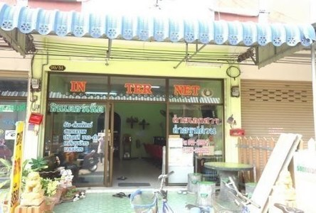 For Sale 2 Beds Shophouse in Sung Noen, Nakhon Ratchasima, Thailand