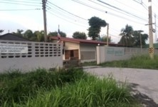 For Sale Warehouse 48 rai in Chaloem Phra Kiat, Saraburi, Thailand
