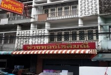 For Sale 3 Beds Shophouse in Bang Sue, Bangkok, Thailand