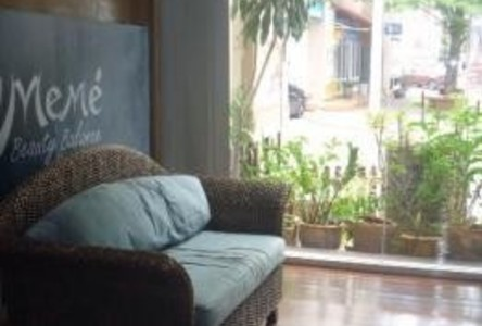 For Sale 6 Beds Shophouse in Wang Thonglang, Bangkok, Thailand
