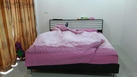 For Sale Apartment Complex 2 rooms in Mueang Samut Sakhon, Samut Sakhon, Thailand | Ref. TH-VVEGQMKS