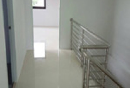 For Sale 4 Beds Shophouse in Krathum Baen, Samut Sakhon, Thailand