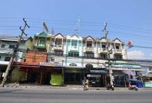 For Sale Shophouse 22.2 sqwa in Si Racha, Chonburi, Thailand