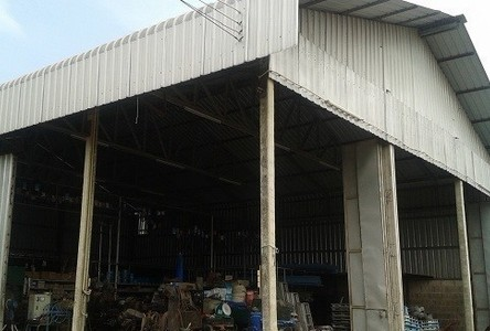 For Sale Warehouse 200 sqwa in Ban Phaeo, Samut Sakhon, Thailand