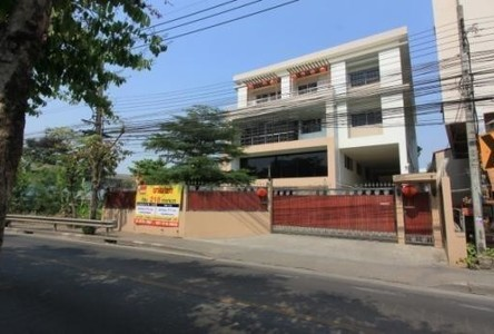 For Sale or Rent Warehouse 218 sqwa in Phasi Charoen, Bangkok, Thailand
