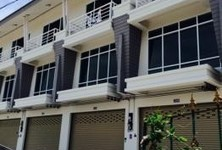 For Rent 2 Beds Shophouse in Mueang Rayong, Rayong, Thailand