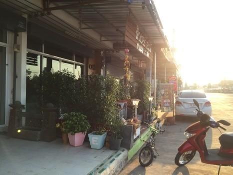 ขาย อาคารพาณิชย์ 2 ห้องนอน ศรีมหาโพธิ ปราจีนบุรี   Ref. TH-IBEGPQZL